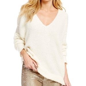 Free People Oversized White/Cream V-Neck Sweater